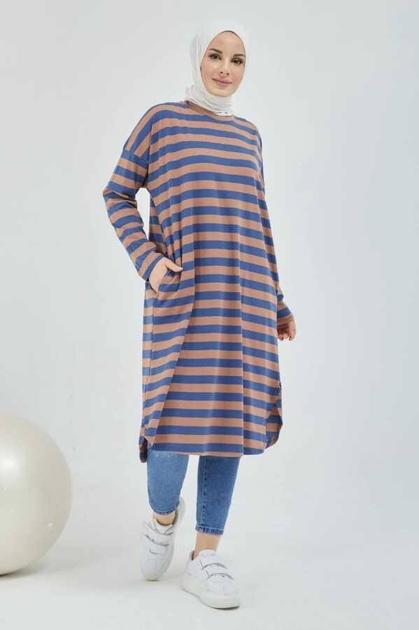 Gestreifte Hijab-Tunika mit Tasche Braun