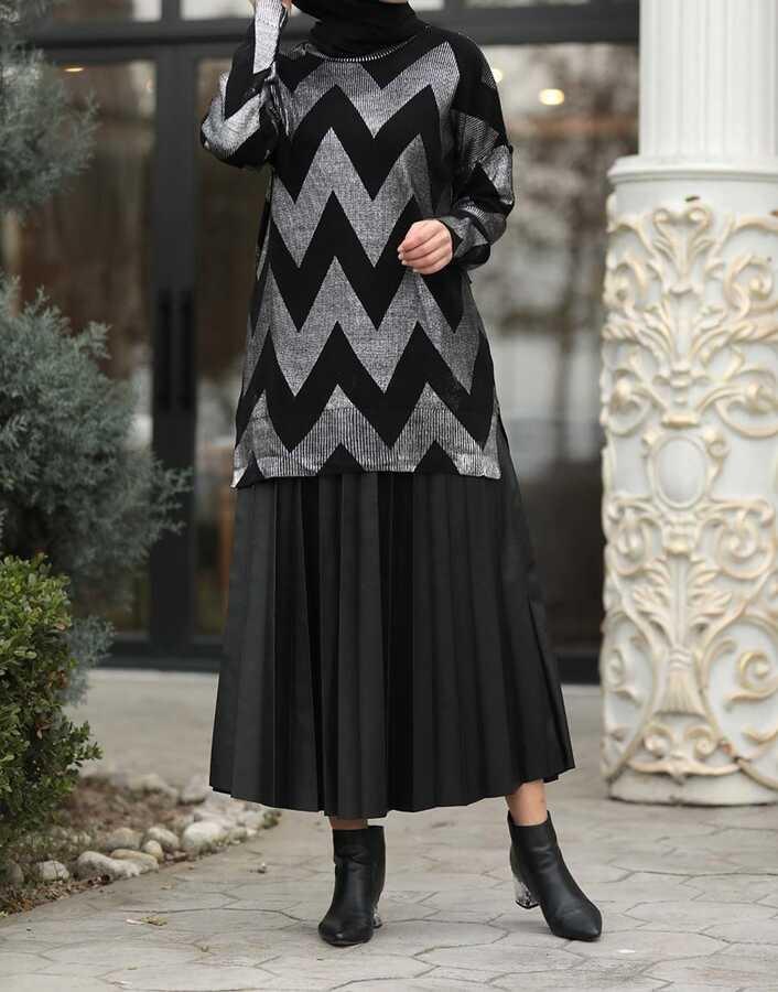 Varaklı Şerit Desenli Tunik Siyah